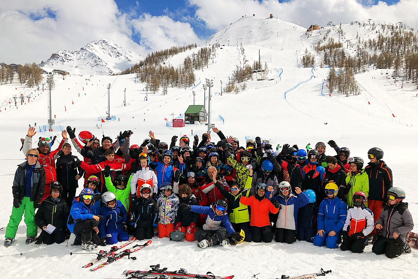 Years 7-9 enjoy Easter ski trip to Sestriere