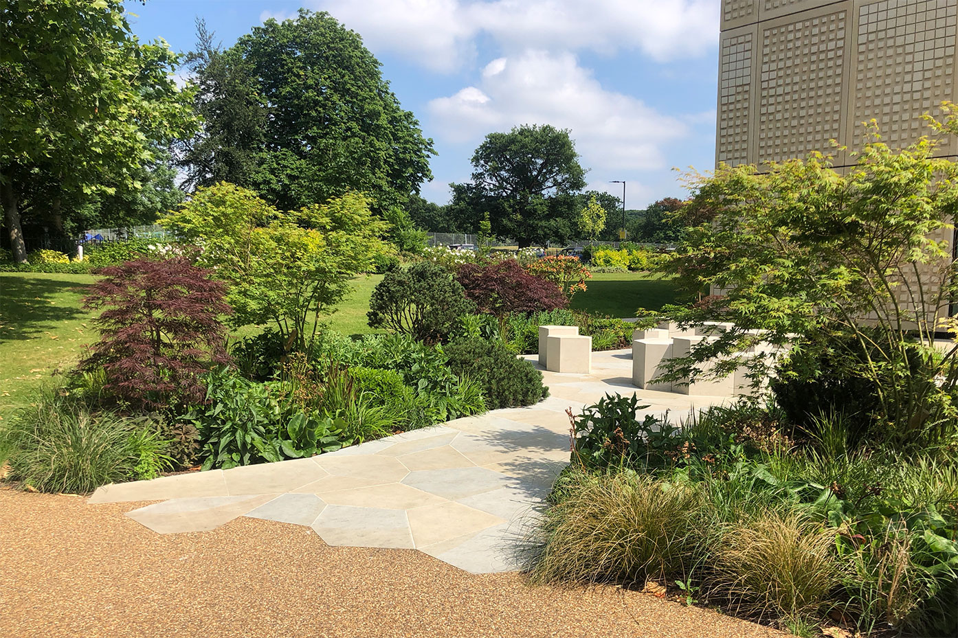 Award for College's Memorial Garden designer