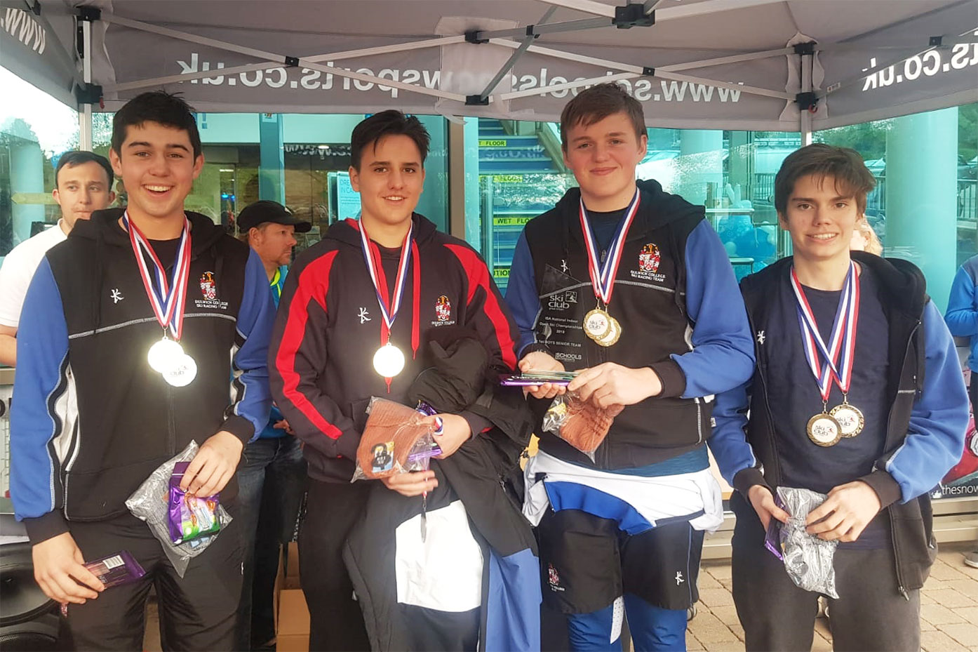 Dulwich 'A' win National Indoor Open Ski Championships