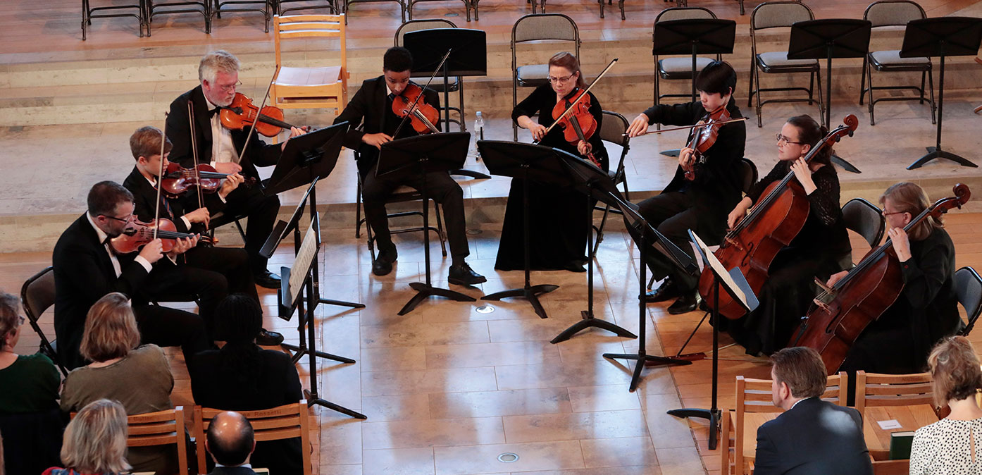 Performance of the first movement of Mendelssohn's Octet