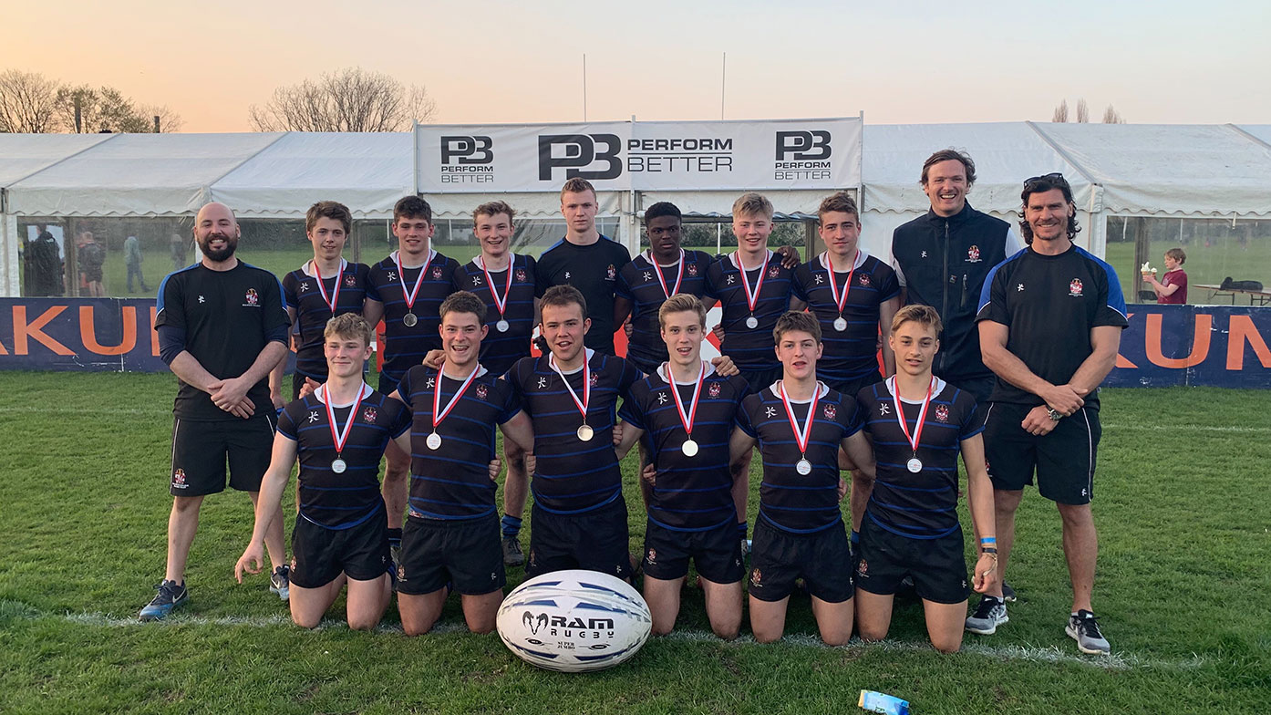 1st VII lead the way at Rosslyn Park National 7's