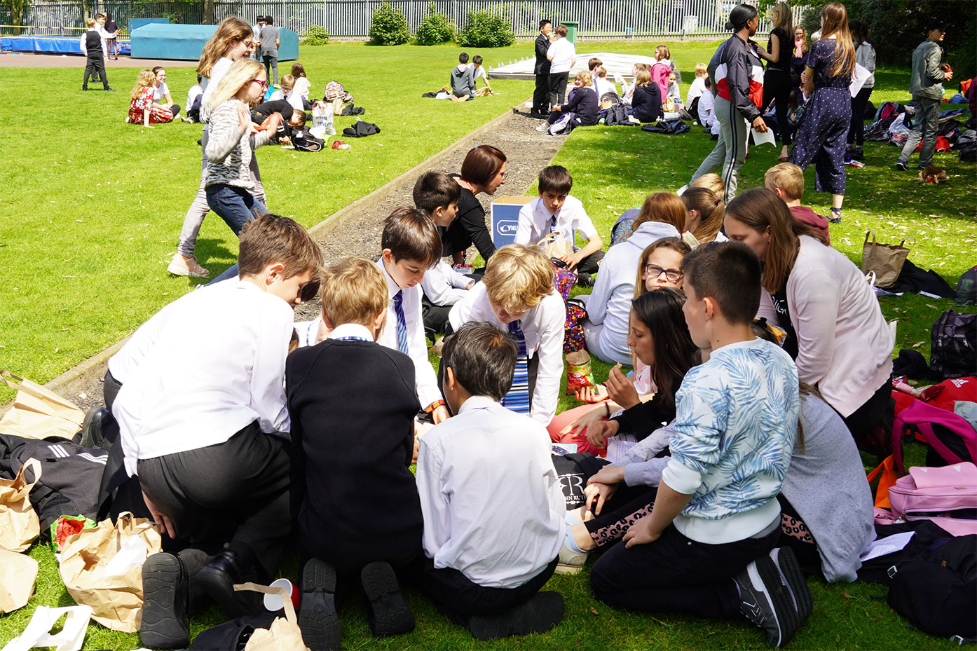Picnic welcome for Year 7 French pen pals