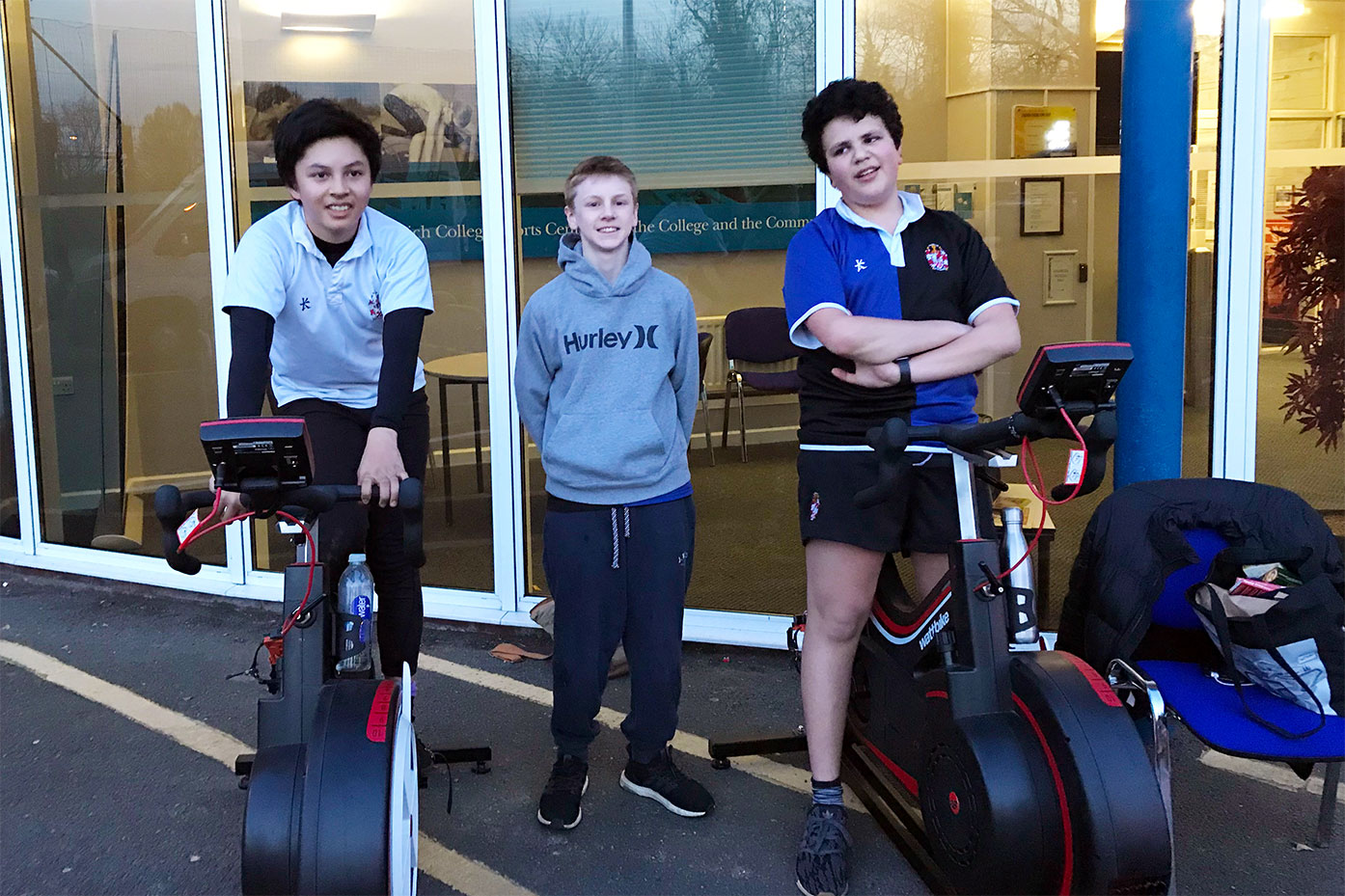 Dulwich College WOHAA team cycle through to the semi-finals